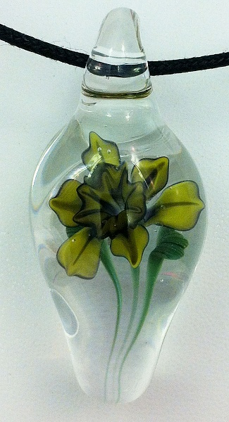 Click image for larger version.  Name:daffodil pendant.jpg Views:157 Size:351.9 KB ID:68444